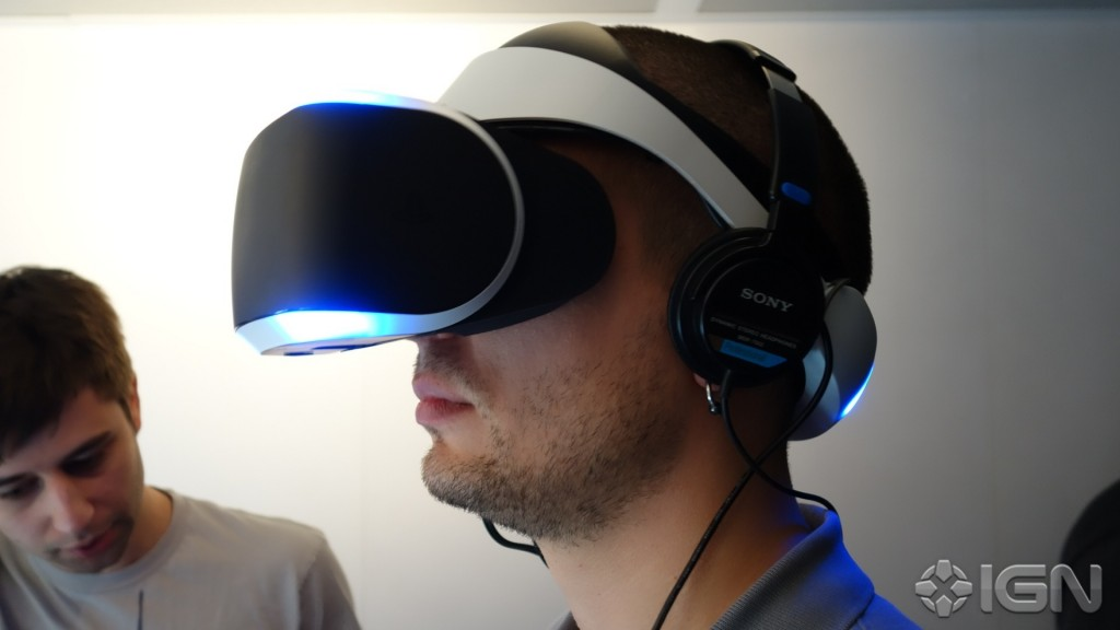 gdc-sony-project-morpheus-vr-headset-for-ps4-hands_u94t