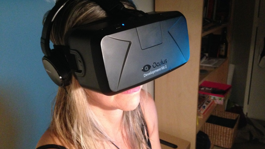 tara house with the oculus rift DK2 in focus